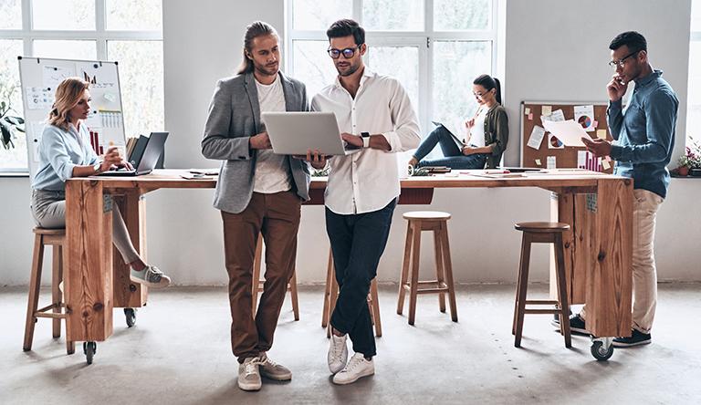 Viveros Online de Empleo: crecer individualmente trabajando en equipo