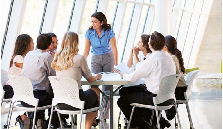Carrefour lanza su programa de prácticas remuneradas con UNIR